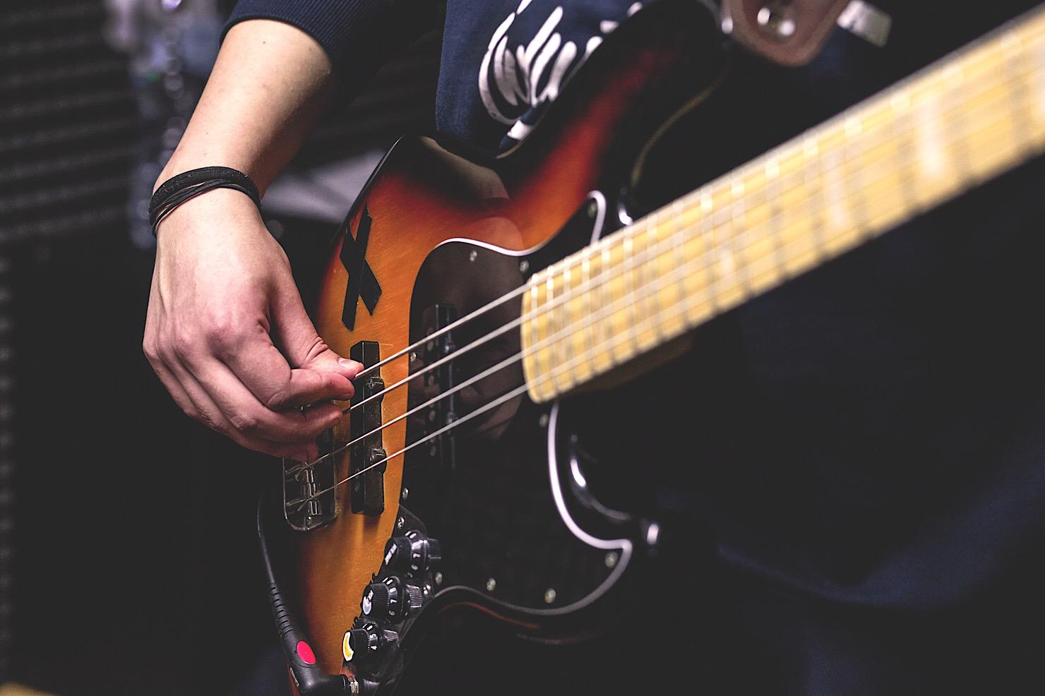 garageband-ios-bass-1